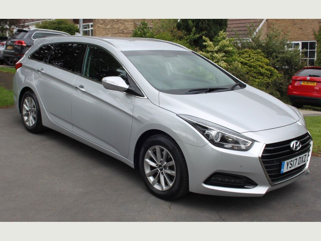 Hyundai i40 Estate 1.7 CRDi Blue Drive SE Nav Business Tourer (s/s) 5dr