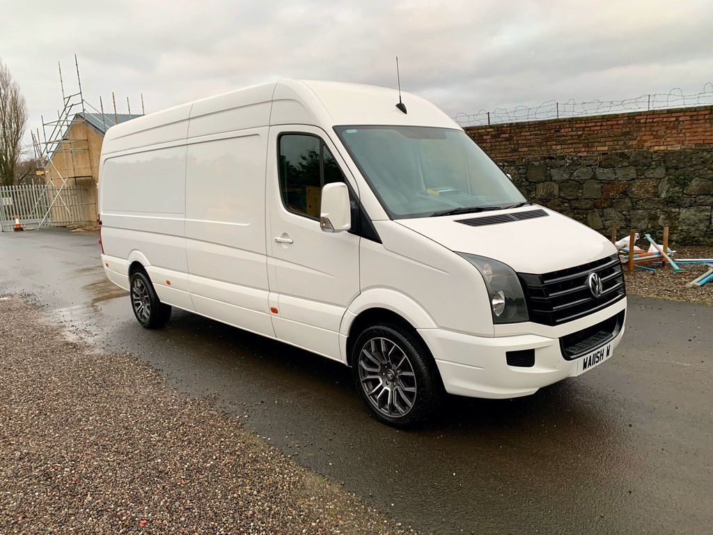 Volkswagen Crafter Panel Van 2.0 TDI BlueMotion Tech CR35 LWB High Roof Van 4dr (LWB)