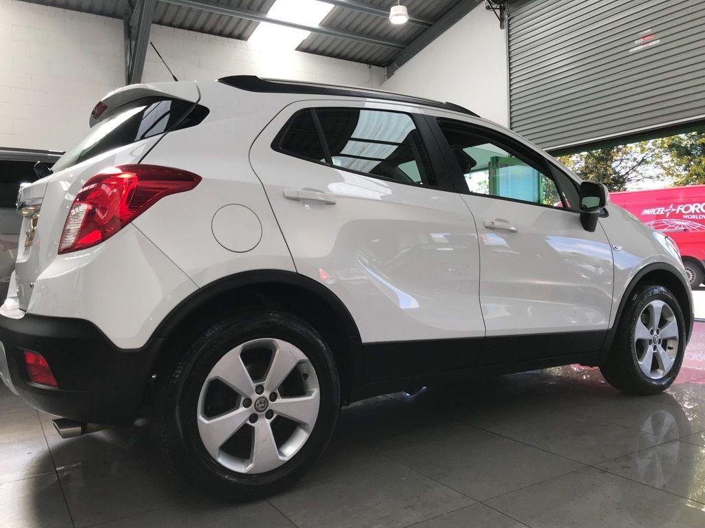 Vauxhall Mokka Hatchback 1.6 CDTi ecoFLEX Tech Line 2WD (s/s) 5dr