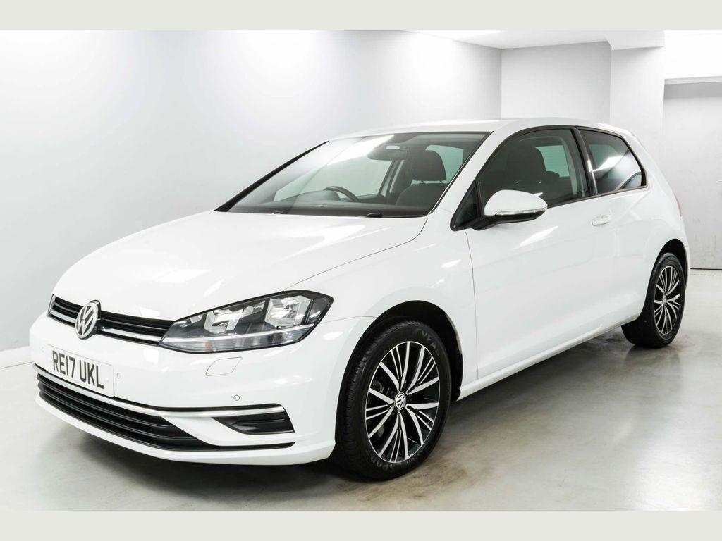 Volkswagen Golf Hatchback 1.6 TDI BlueMotion Tech SE Nav (s/s) 3dr