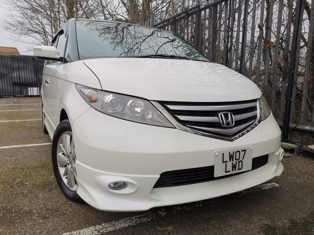 Honda Elysion MPV 8 SEATER 2.4 AUTOMATIC 50,000 MILES ONLY