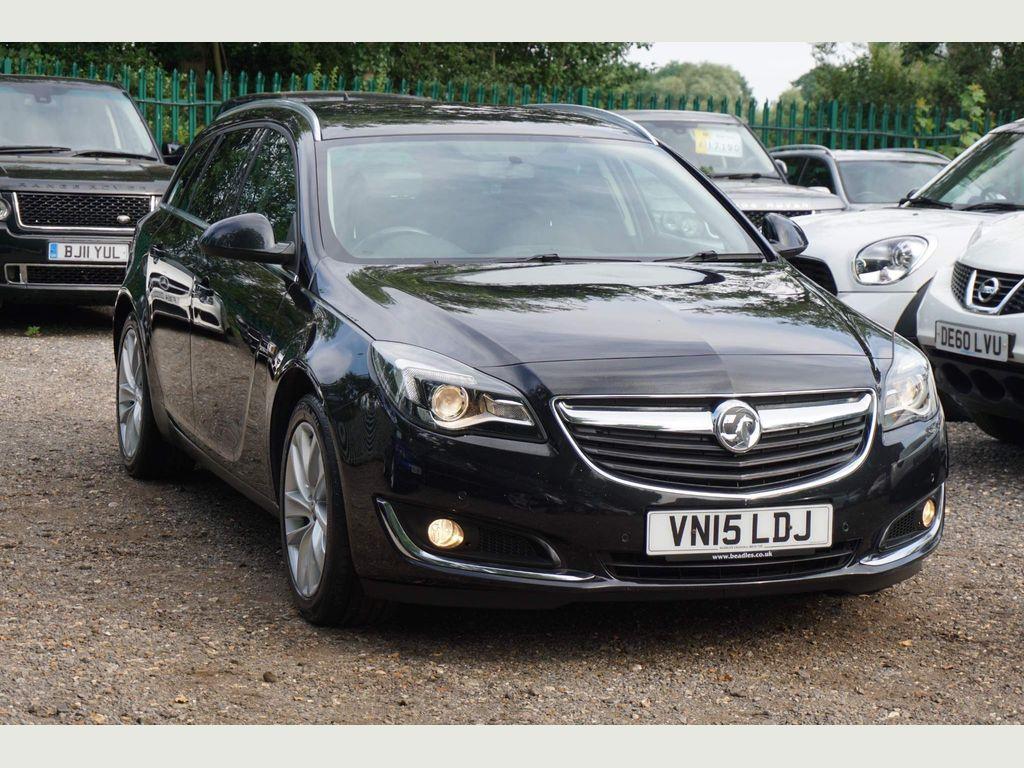 Vauxhall Insignia Estate 2.0 CDTi SRi Nav Sport Tourer Auto 5dr