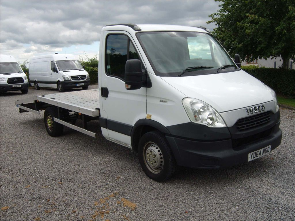 Iveco Daily Dropside Beavertail c/w winch