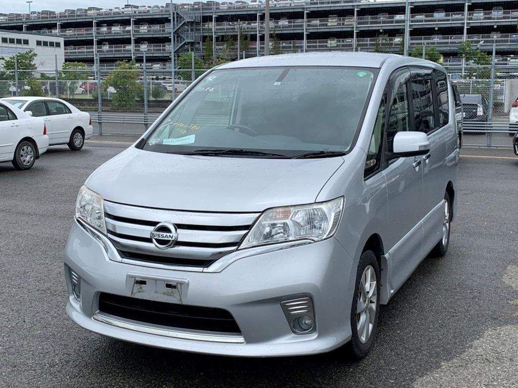 Nissan Serena MPV 2.0 Highwaystar