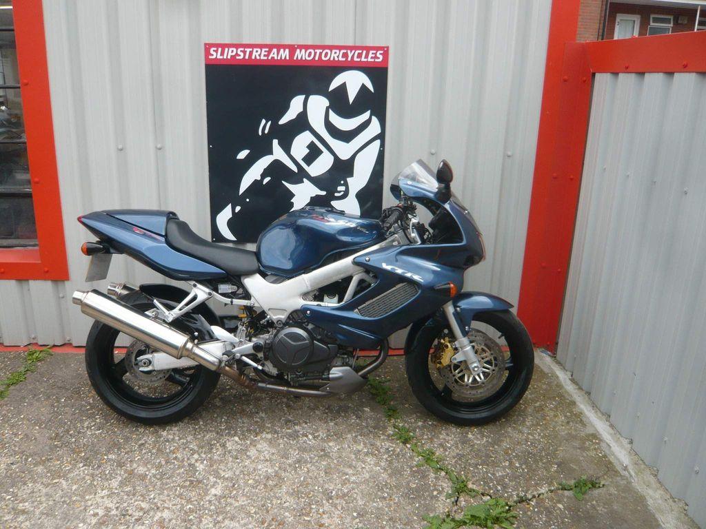 Honda VTR1000 Sports Tourer 1000 Firestorm X
