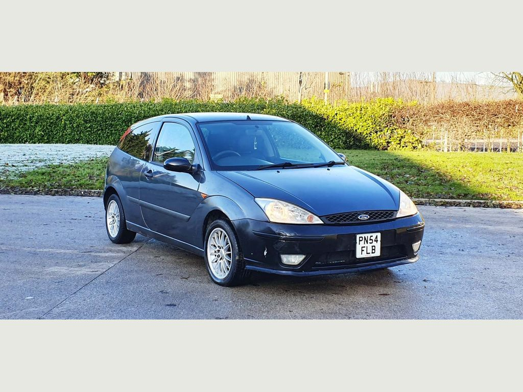 Ford Focus Hatchback 1.6 i 16v Edge 3dr
