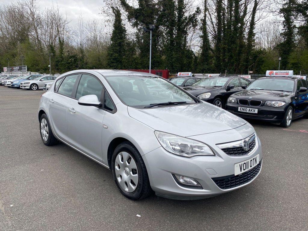 Vauxhall Astra Hatchback 1.3 CDTi ecoFLEX Exclusiv (s/s) 5dr