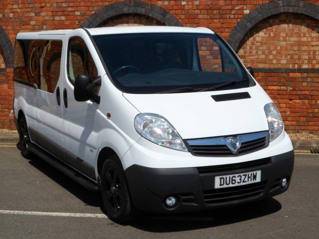 Vauxhall Vivaro Panel Van 2.0 CDTi ecoFLEX 2900 Combi 4dr (9 Seats, LWB, EU5)