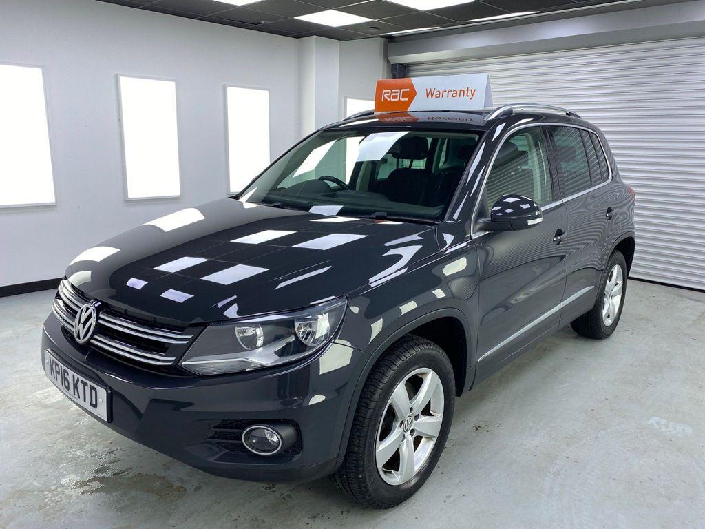 Volkswagen Tiguan SUV 2.0 TDI BlueMotion Tech Escape 4WD 5dr