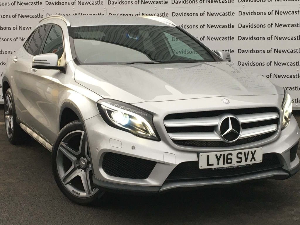 Mercedes-Benz GLA Class SUV 2.1 GLA200 AMG Line (Premium) 7G-DCT (s/s) 5dr