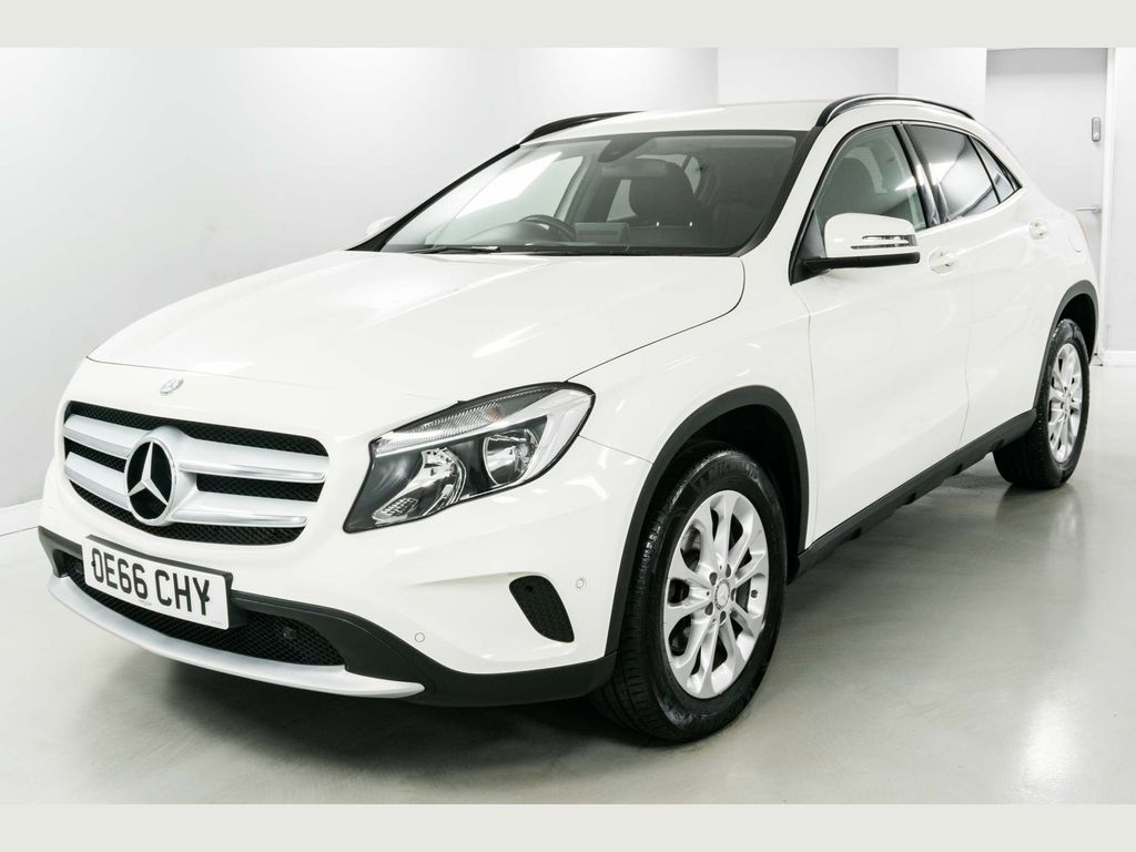 Mercedes-Benz GLA Class SUV 2.1 GLA200 SE (Executive) 7G-DCT (s/s) 5dr