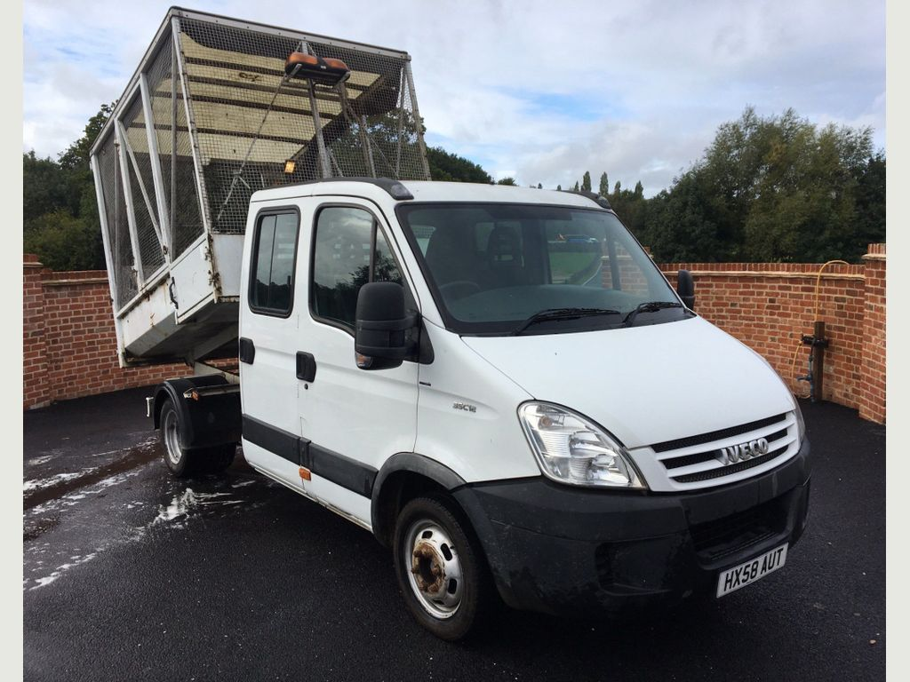 Iveco Daily Chassis Cab 2.3 TD 35C12 HD Crewcab Chassis 4dr (EU4, MWB)