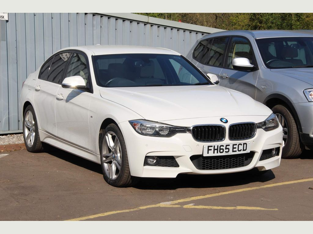 BMW 3 Series Saloon 2.0 330i M Sport (s/s) 4dr