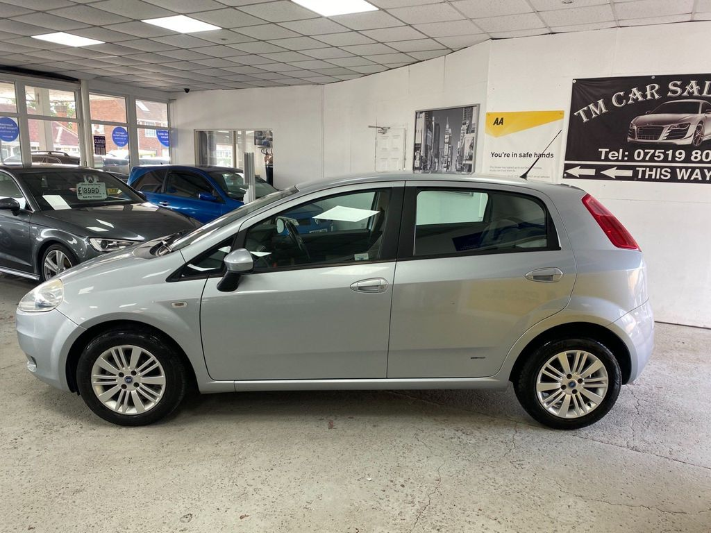 Fiat Grande Punto Hatchback 1.4 Dynamic 5dr