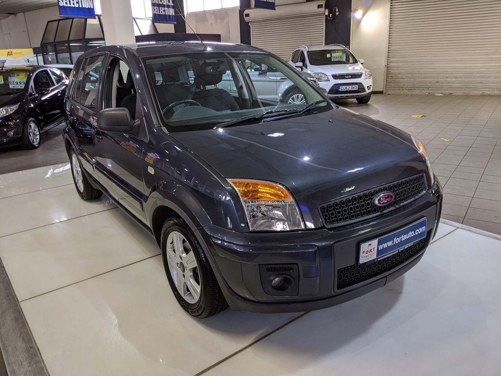 Ford Fusion Hatchback 1.6 Zetec 5dr