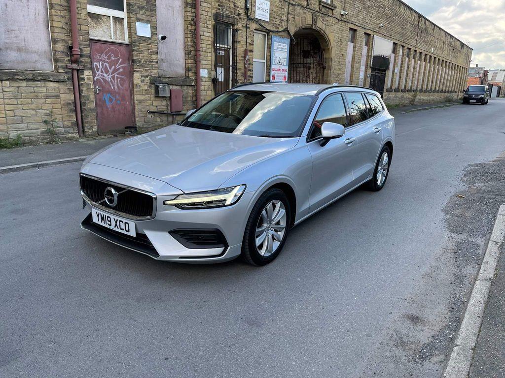 Volvo V60 Estate 2.0 D4 Momentum Auto (s/s) 5dr