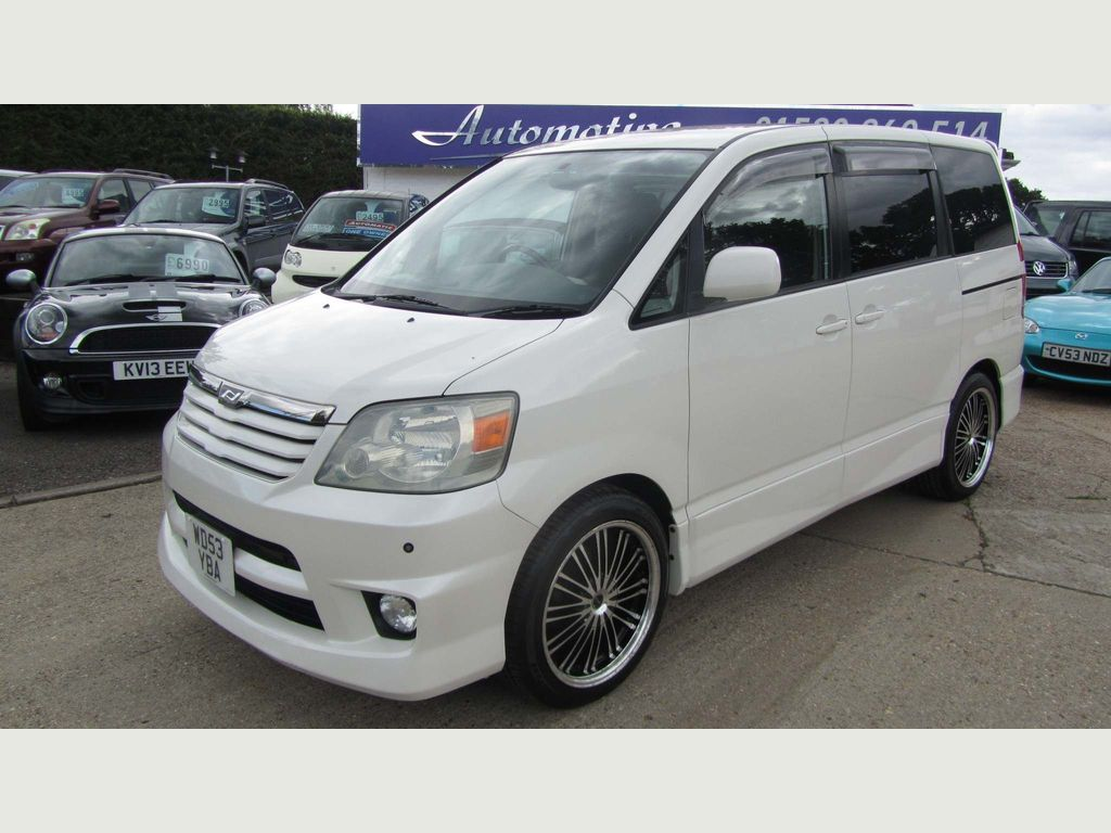Toyota Noah Unlisted