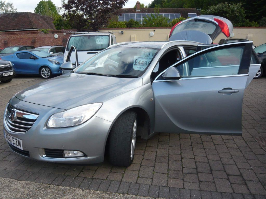Vauxhall Insignia Estate 2.0 CDTi 16v Exclusiv 5dr