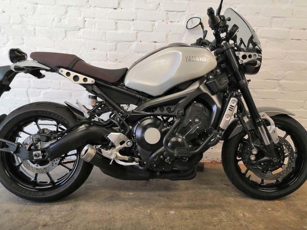 Yamaha XSR900 Naked