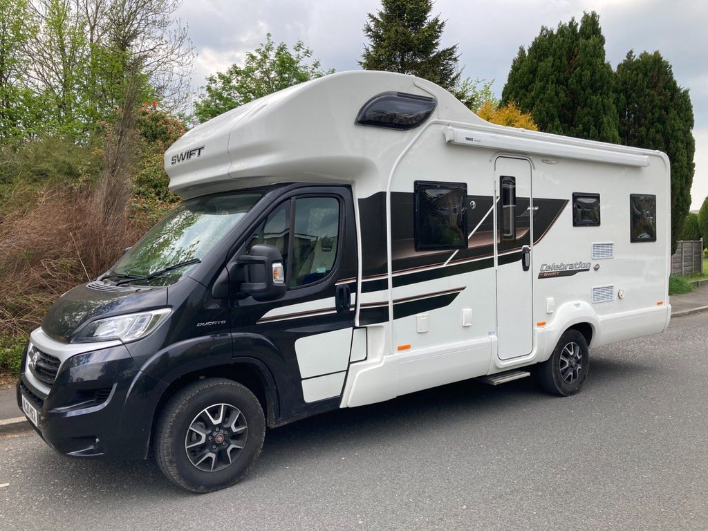Swift Edge 486 Coach Built 2 OF 6 BERTH 6 BELTS DELIVERY POSSIBLE