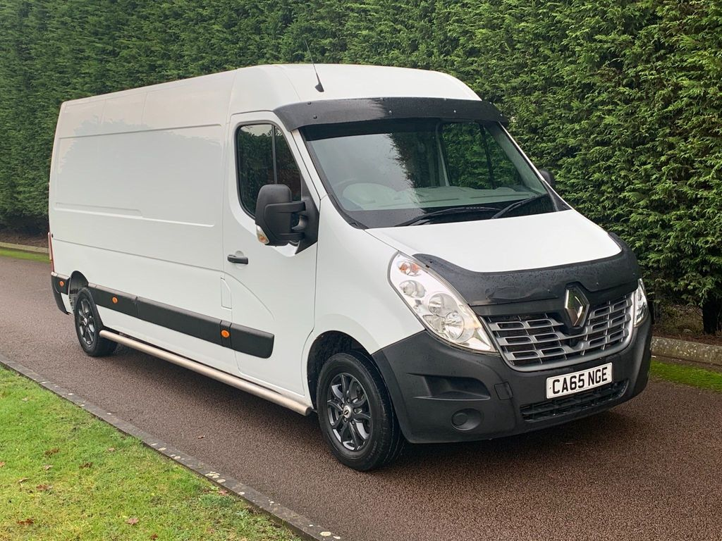 Renault Master Panel Van 2.3 dCi 35 Business+ FWD LWB Medium Roof EU5 5dr