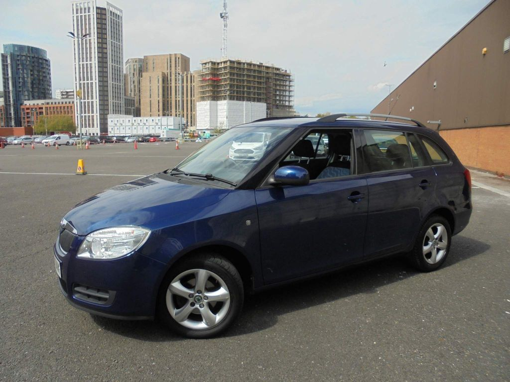SKODA Fabia Estate 1.6 16v 2 Tiptronic 5dr
