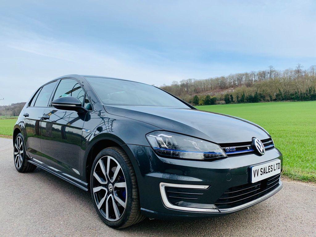 Volkswagen Golf Hatchback 1.4 TSI BlueMotion Tech GTE Nav DSG (s/s) 5dr