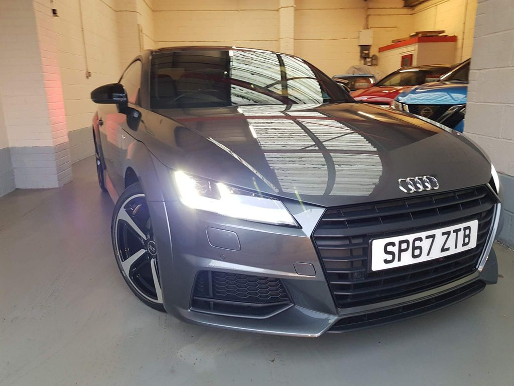 Audi TT Coupe 2.0 TFSI Black Edition (s/s) 3dr
