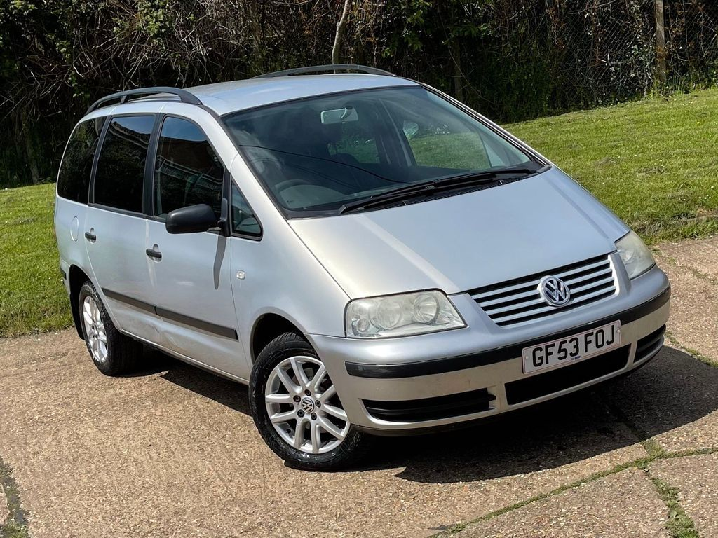 Volkswagen Sharan MPV 1.9 TDI PD Carat 5dr