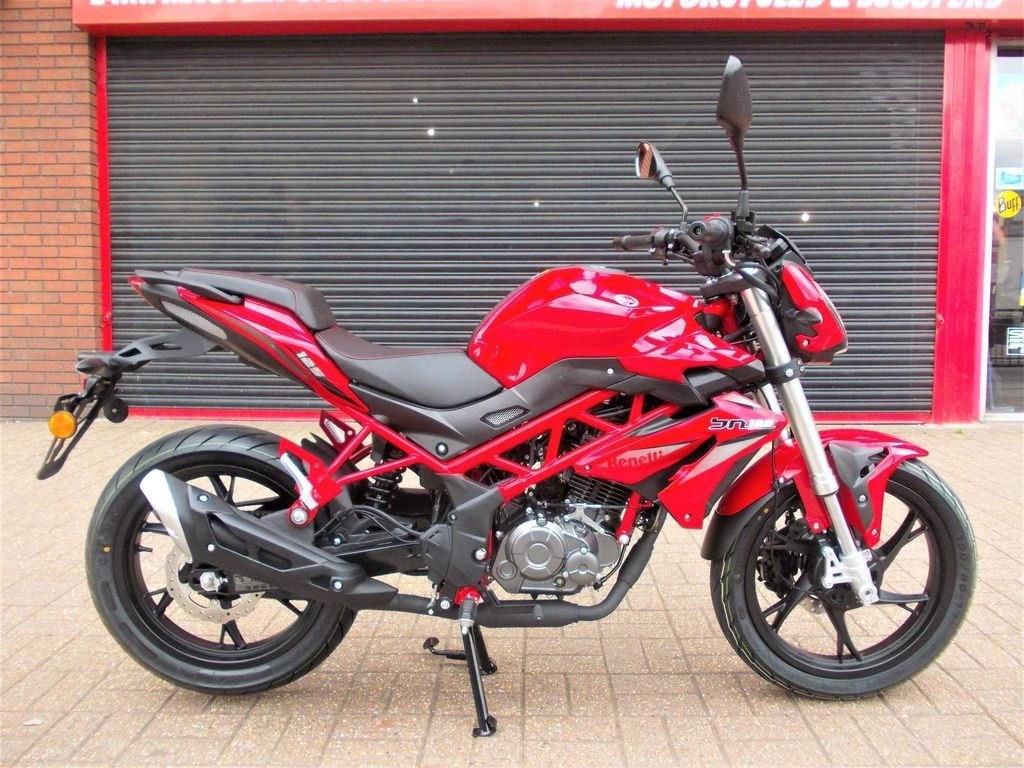 Benelli BN Naked 125