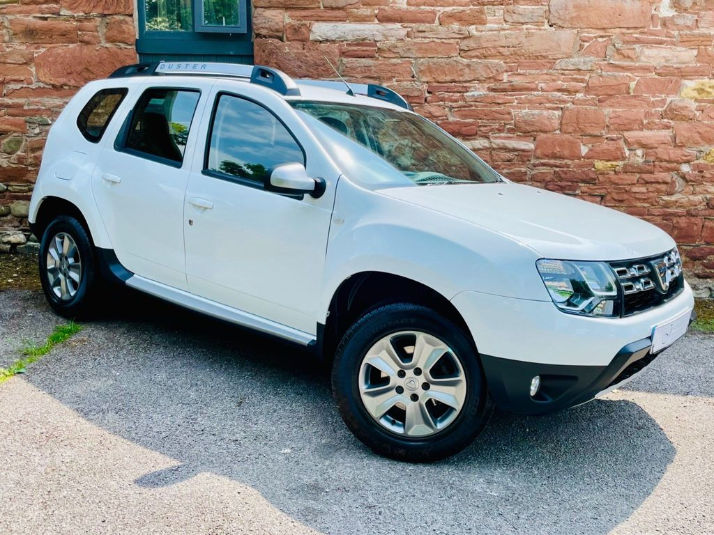 Dacia Duster SUV 1.2 TCe Laureate (s/s) 5dr