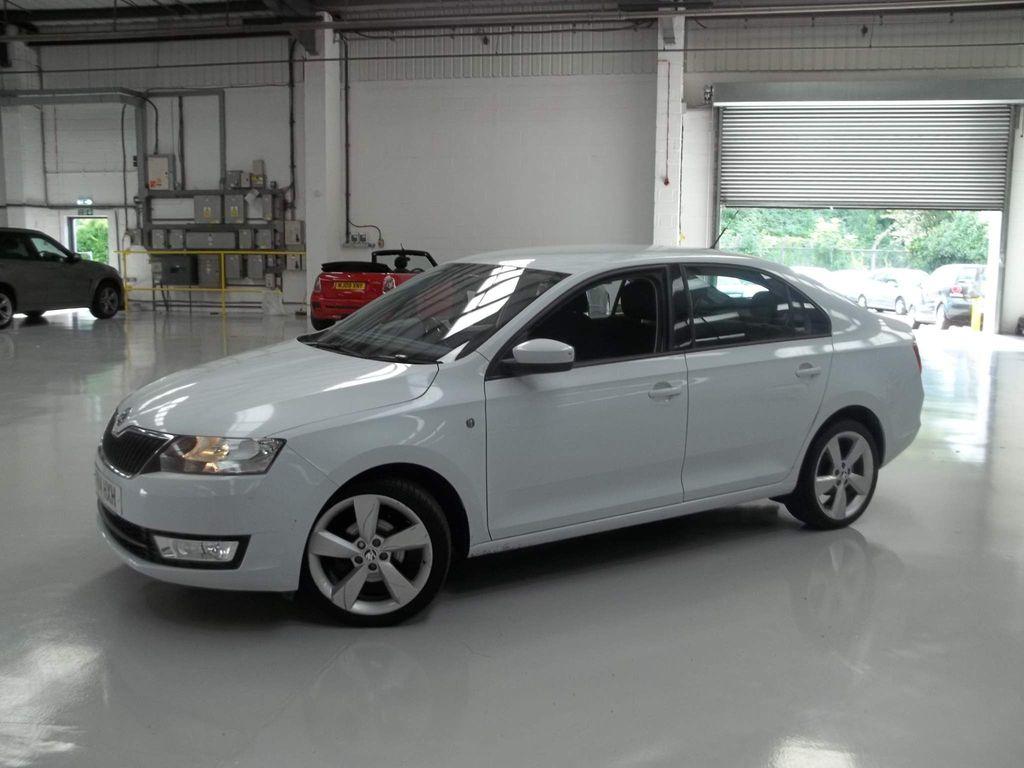 SKODA Rapid Hatchback 1.2 TSI SE 5dr