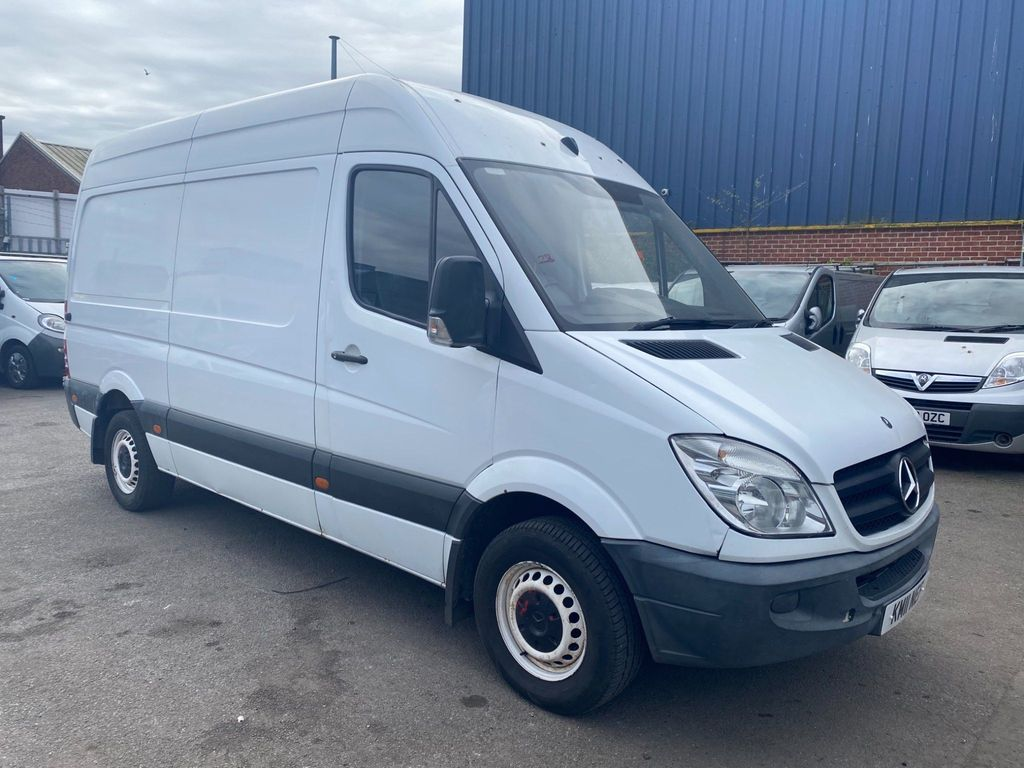Mercedes-Benz Sprinter Panel Van 2.1 CDI 313 Extra High Roof Panel Van 5dr MWB