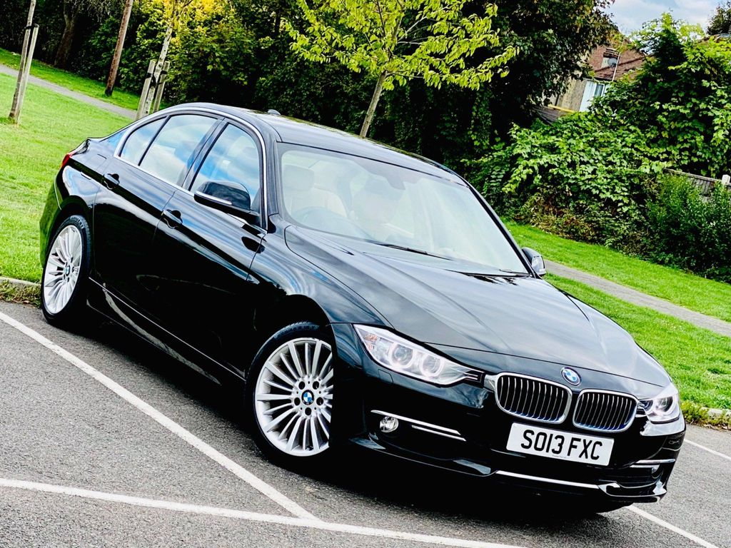 BMW 3 Series Saloon 2.0 328i Luxury (s/s) 4dr