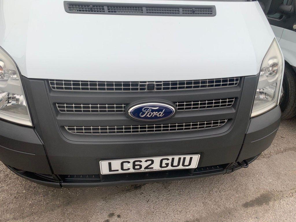 Ford Transit Panel Van 2.2 TDCi 300 Low Roof Panel Van S 5dr (SWB)