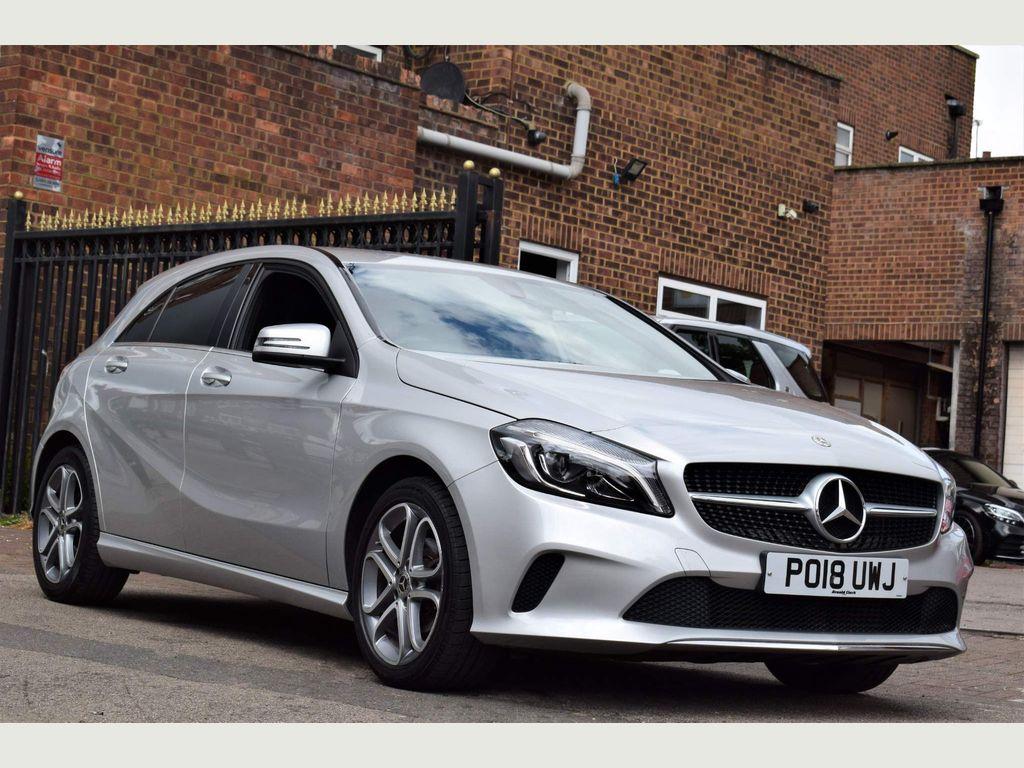 Mercedes-Benz A Class Hatchback 1.5 A180d Sport Edition (s/s) 5dr