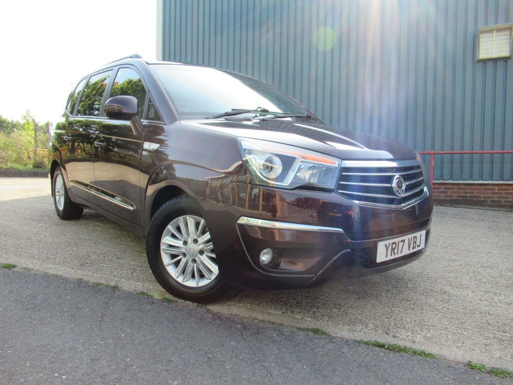 SsangYong Turismo MPV 2.2D EX 5dr