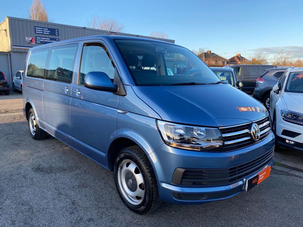 Volkswagen Transporter Shuttle Minibus 2.0 TDI BlueMotion Tech SE Shuttle DSG FWD (s/s) 5dr