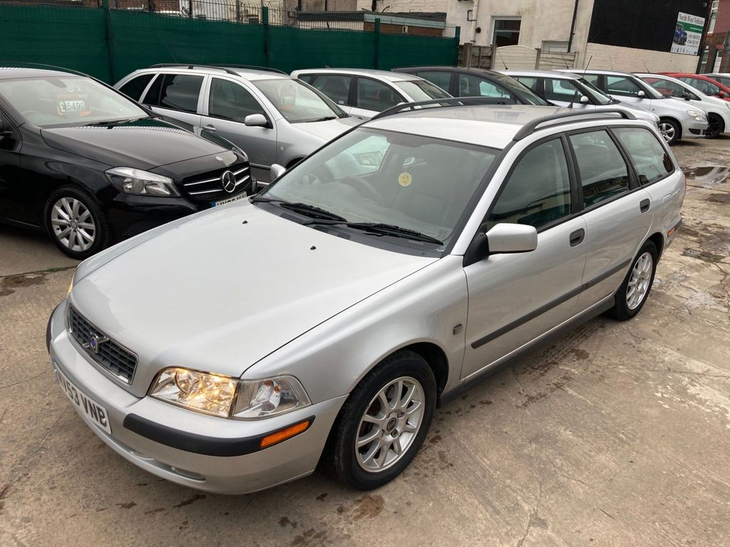Volvo V40 Estate 1.8 S 5dr