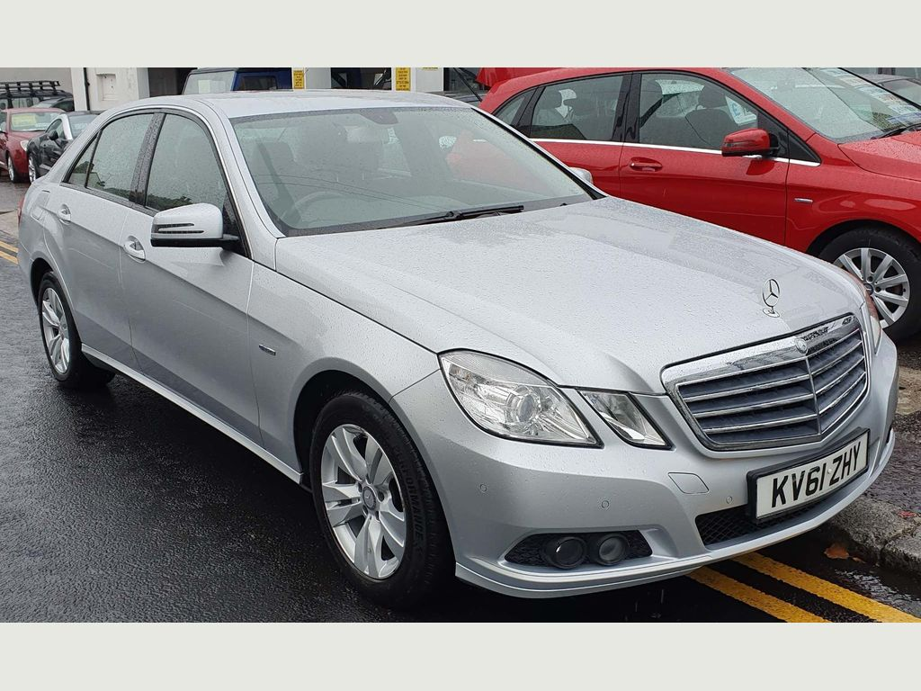 Mercedes-Benz E Class Saloon 2.1 E200 CDI BlueEFFICIENCY SE Edition 125 (s/s) 4dr