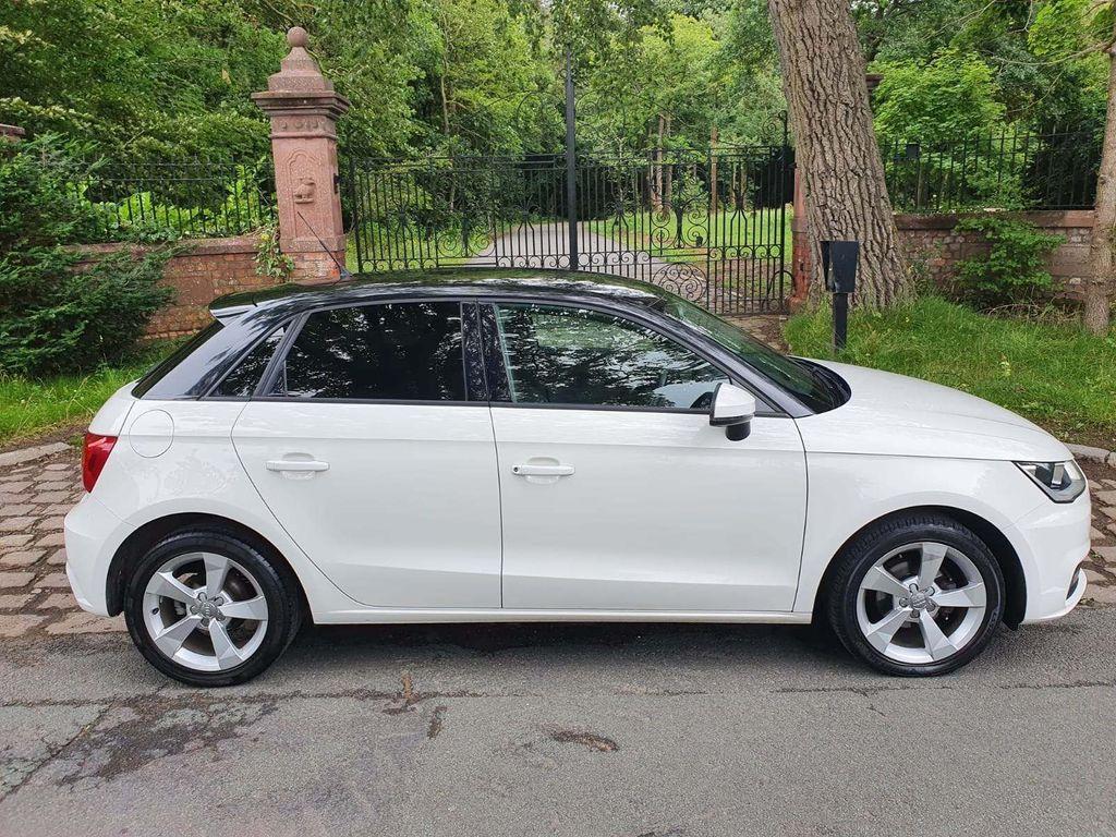 Audi A1 Hatchback 1.0 TFSI Sport Sportback (s/s) 5dr