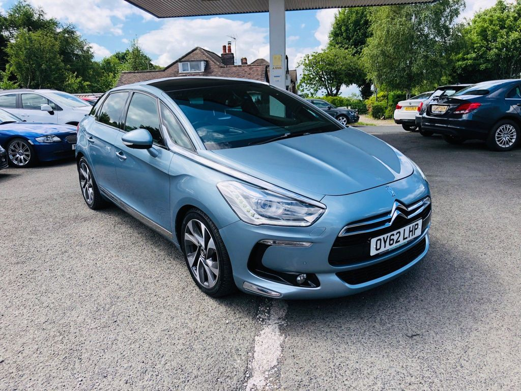 Citroen DS5 Hatchback 2.0 HDi DSport 5dr