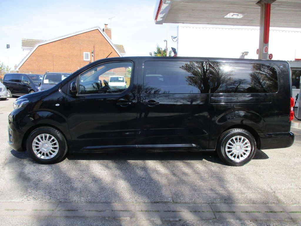 Toyota PROACE Verso Other 2.0D Shuttle Long MPV LWB EU6 (s/s) 6dr (9 Seat)