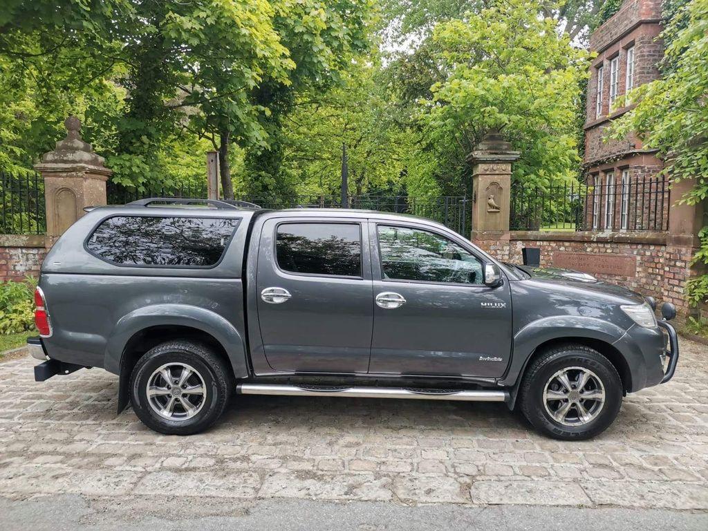 Toyota Hilux Pickup 3.0 D-4D Invincible X Double Cab Pickup 4dr