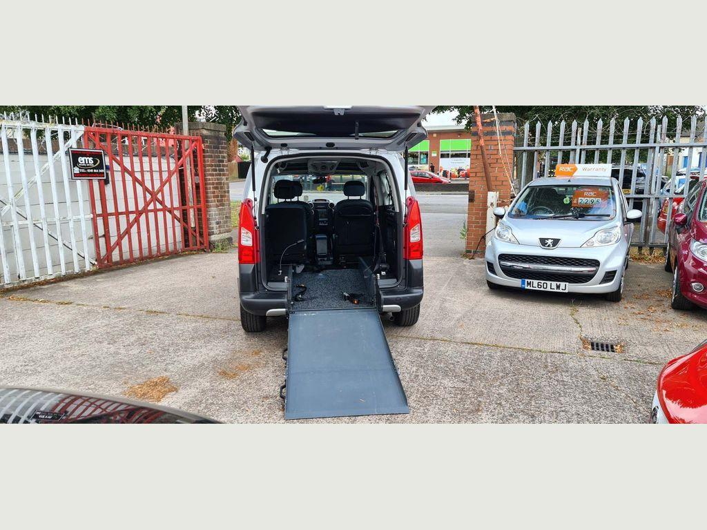 Citroen Berlingo MPV 1.6 TD XTR Estate EGS6 5dr