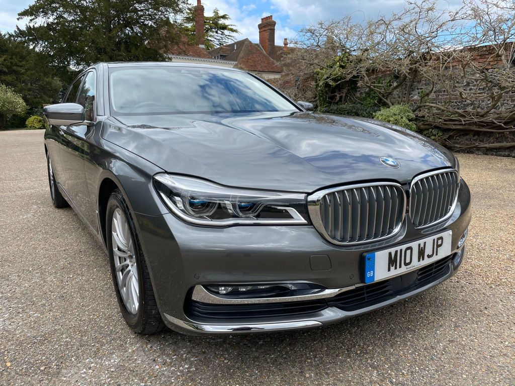 BMW 7 Series Saloon 3.0 740Ld Saloon 4dr Diesel Auto xDrive (s/s) (320 ps)