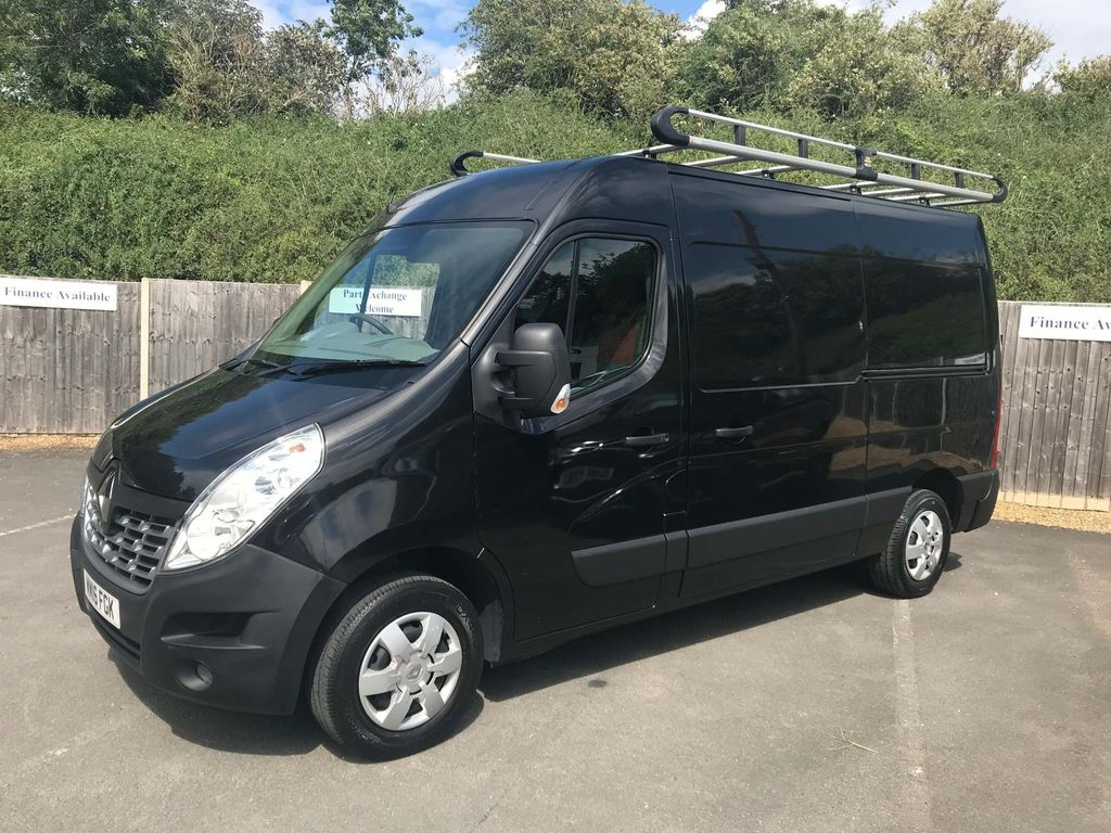 Renault Master Panel Van 2.3 dCi 35 Business+ FWD MWB Medium Roof EU5 5dr