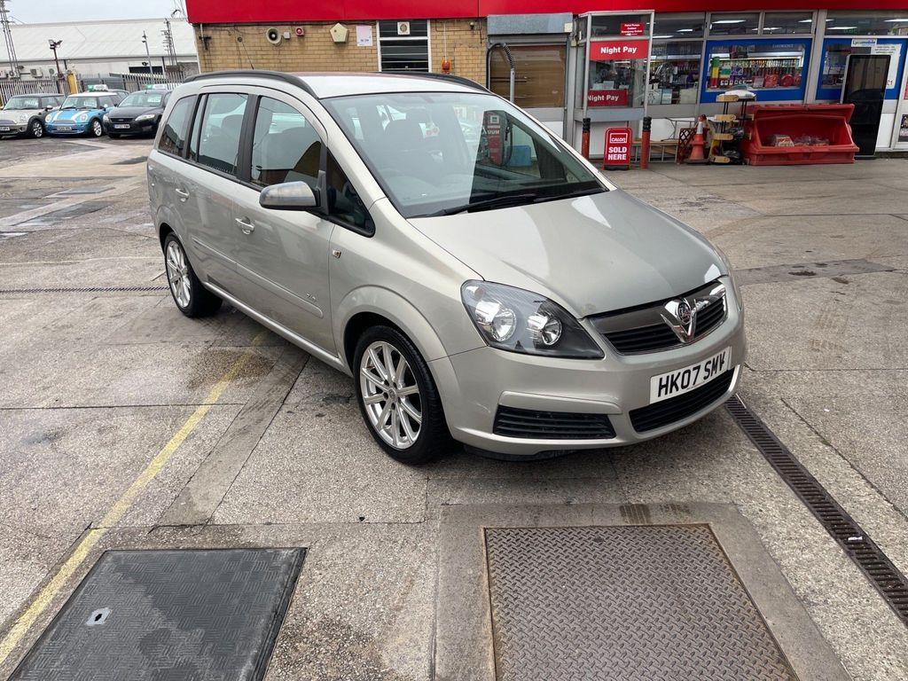Vauxhall Zafira MPV 1.6 16V Club 5dr