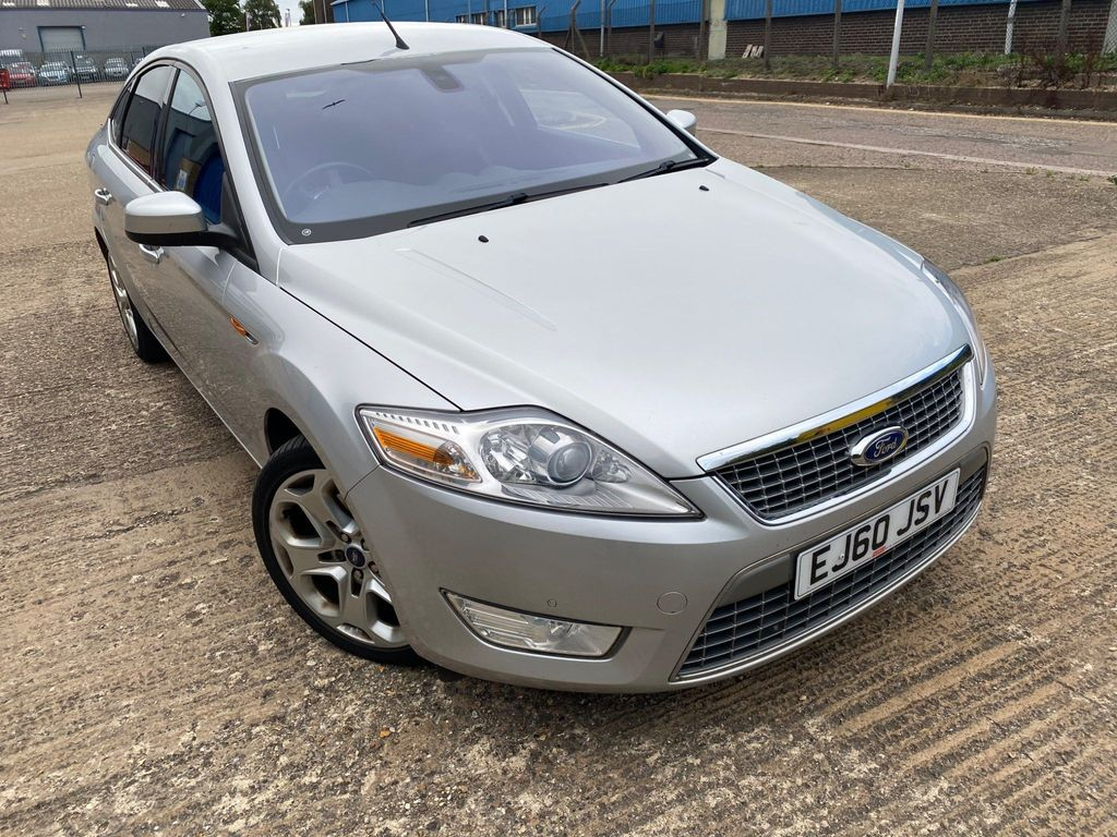Ford Mondeo Hatchback 2.0 EcoBoost Titanium X Powershift 5dr
