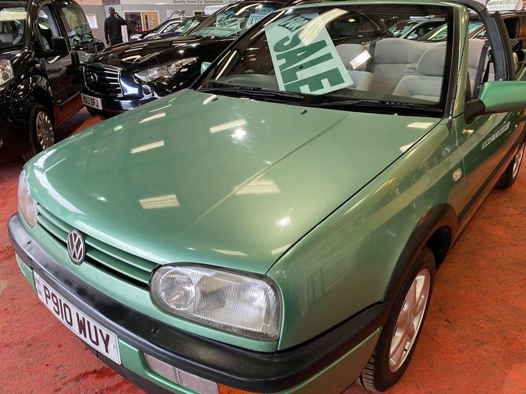 Volkswagen Golf Convertible 2.0 Avantgarde 2dr